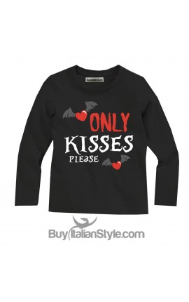 "Halloween Unisex T-shirt ""Only kisses,please"""