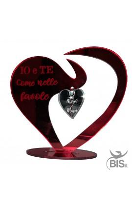 Targhetta a cuore in plexiglass con pendente personalizzato con nomi