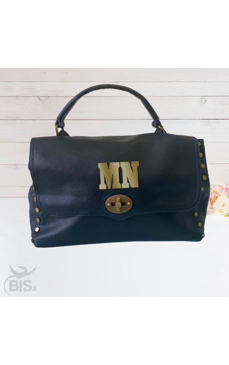 """""""Rock bag"""" in ecopelle con borchie da personalizzare"""