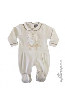 Tutina in caldo cotone neonata con cuori e fiocchi applicati