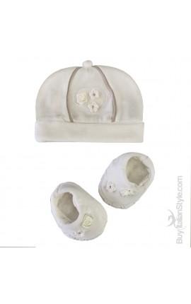 Kit ciniglia neonata cappellino e scarpine con fiori applicati