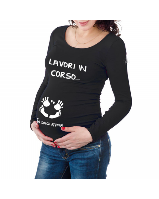 """Maternity t-shirt """"work in..."""