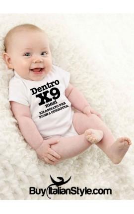 Bodino neonato dentro per nove mesi rilasciato per buona condotta stampa nera