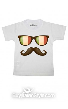 Short sleeve T-shirt with glasses and a mustache