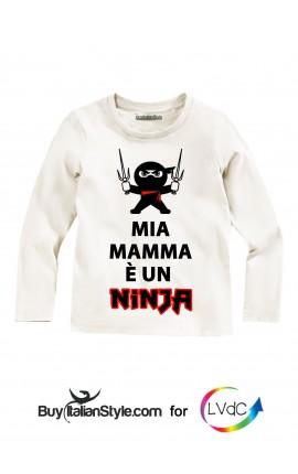 """T-shirt bimbo manica lunga """"Mia mamma è un Ninja"""" per """"La Via dei Colori"""""""