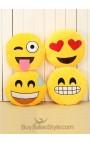 Cuscino Emoticon Occhi a cuoricino