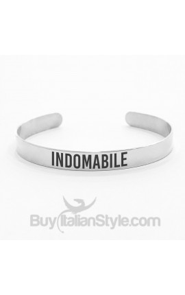 "Bracciale a manetta ""INDOMABILE"""